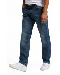 Lee Extreme Motion Zip Straight Fit Lenny Denim Jeans | Jean Scene