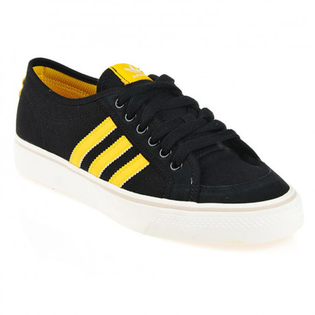 adidas Nizza Low Canvas Trainers Black Image