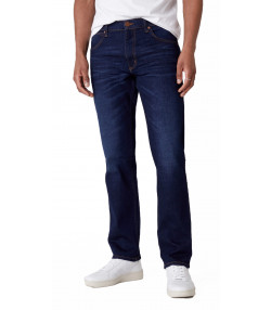 Wrangler Greensboro Modern Straight Denim Jeans Dark Fever | Jean Scene